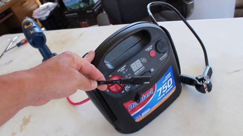 jump starter charging via an electric outlet